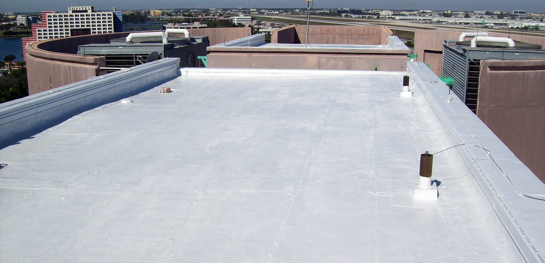 Flat roofs dolphin roofing for What kind of roof do i have